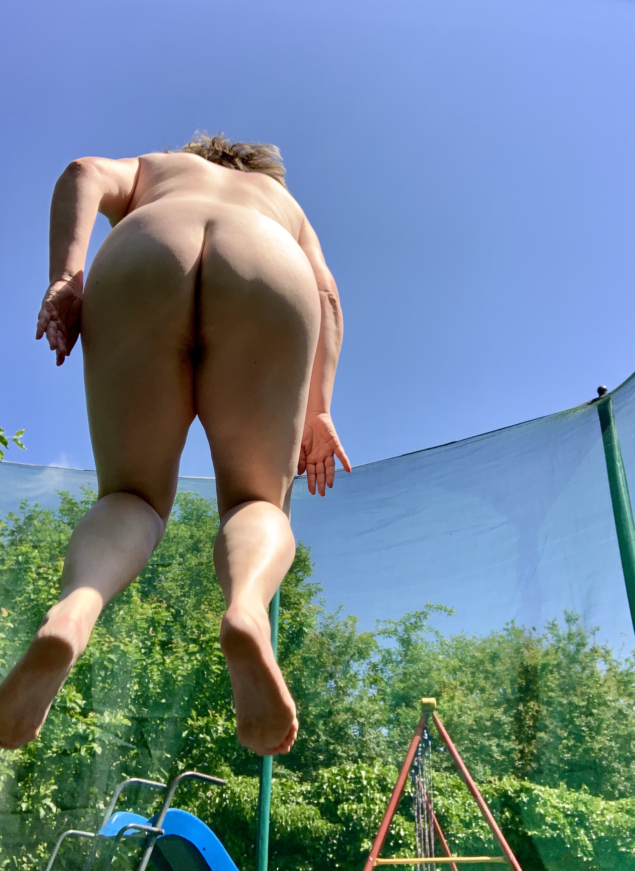 Videos of nude women on trampoline